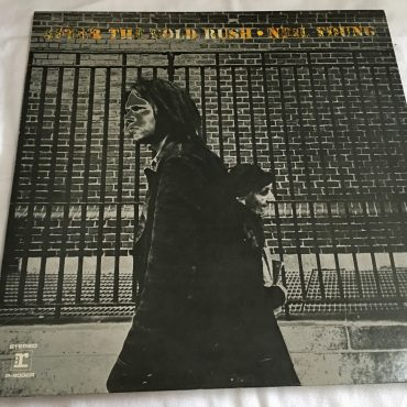 Neil Young, After The Gold Rush, Japan Press Vinyl LP, Reprise Records ‎P-8002R, 1971, no OBI, Gatefold