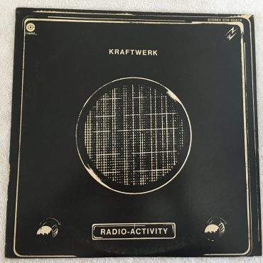 Kraftwerk ‎– Radio-Activity, Japan Press Vinyl LP, Capitol Records ‎– ECS-80418, 1975, no OBI