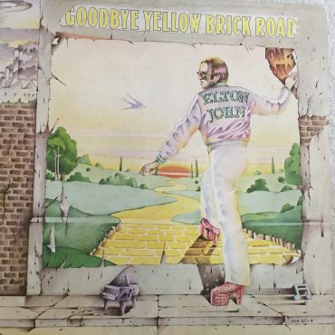 Elton John – Goodbye Yellow Brick Road, 2x Vinyl LP, Tri-Fold, MCA Records – MCA2-10003, USA, 1973